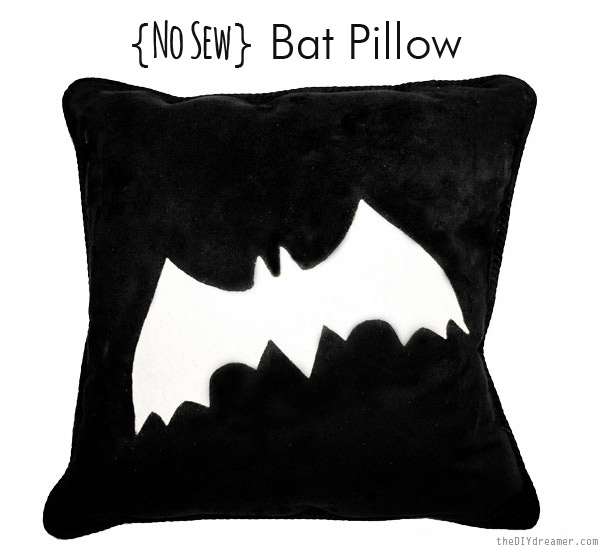 No-Sew-Bat-Pillow