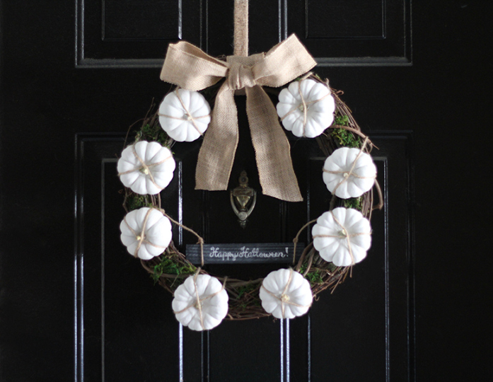 white-fall-wreath-happy-halloween